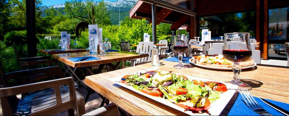 Camping du Lac Bleu : idéal pour séjourner au bord du lac d'Annecy!