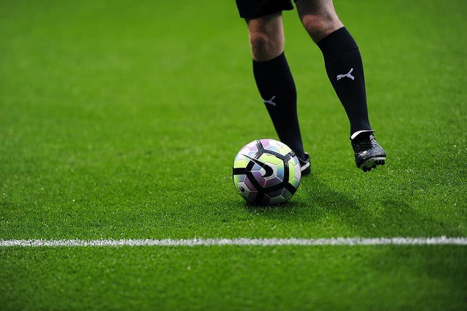 Comment réussir à bien analyser un match de foot avant de parier ?